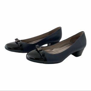 Easy Spirit Esumara Gray Black pumps Bow, Low Heel